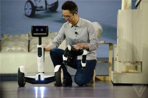 【酷】Segway的平衡车机器人在CES亮相!-唯轮网