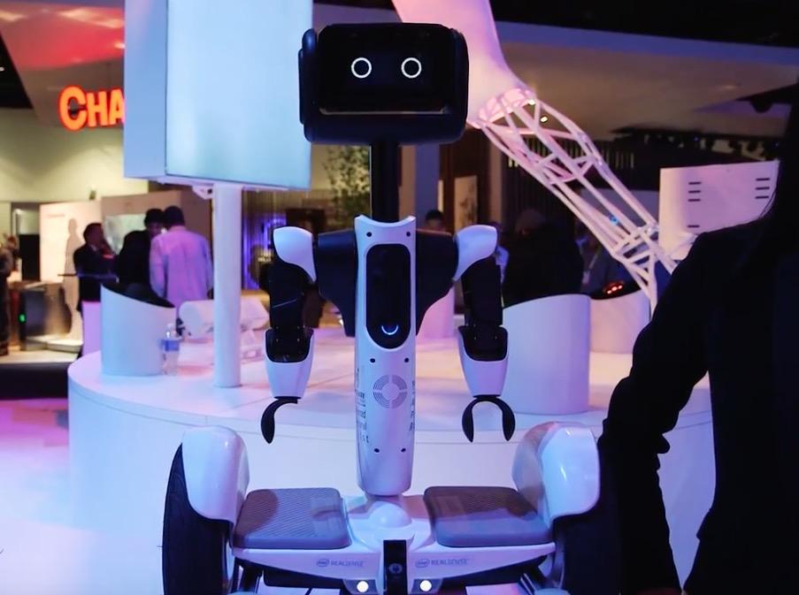 【酷】Segway的平衡车机器人在CES亮相!