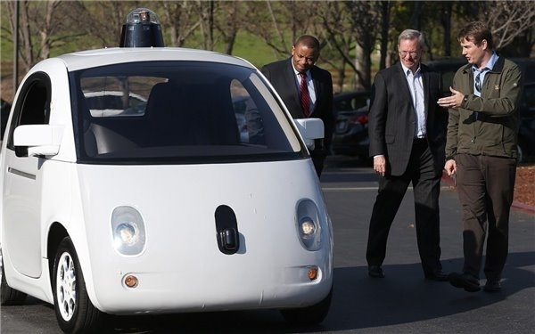 """未来已来,美国认可Google无人驾驶汽车为""""司机"""""""