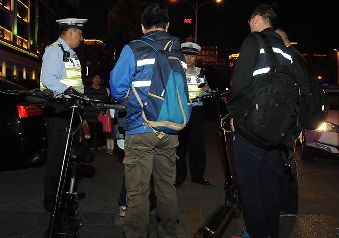 电动滑板车、平衡车不能上街了 京沪交警将进行处罚-唯轮网