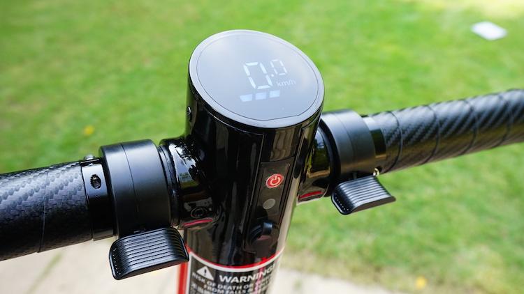 【Wheelive测评】ET MINI碳纤维电动滑板车-唯轮网