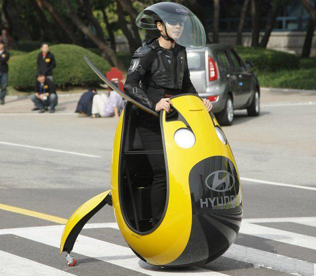 玩蛋去!现代汽车公司推出蛋型的代步车。