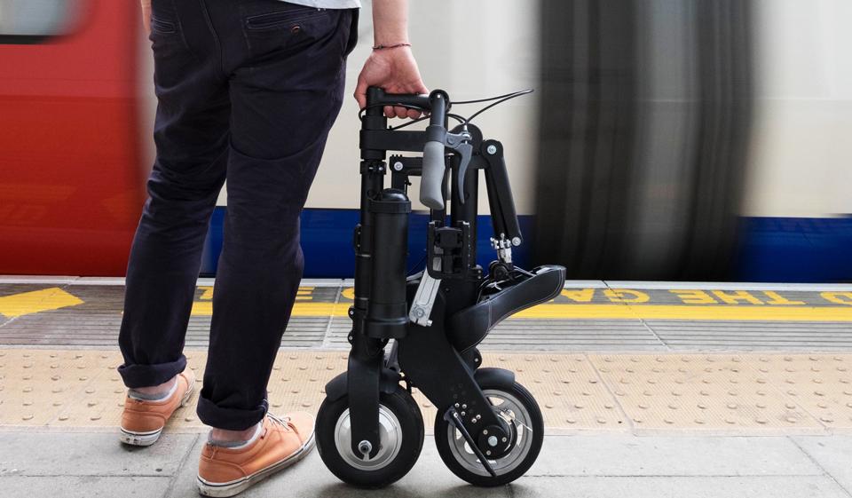 这也许是目前世上最小的电动折叠助力自行车?