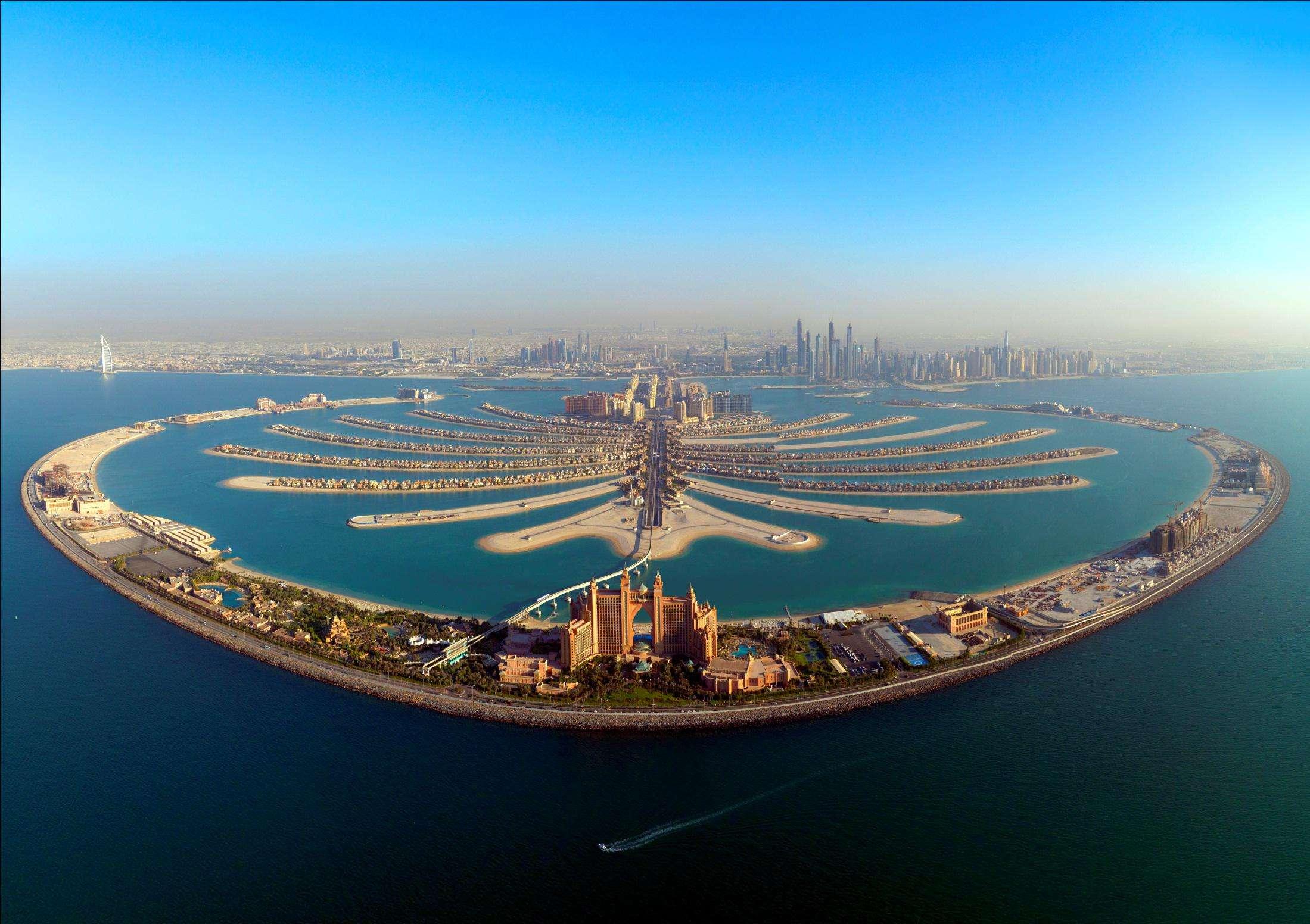 震撼!像钢铁侠一样在迪拜上空翱翔是什么体验?