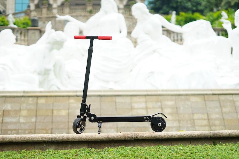 【Wheelive测评】经济实惠的电动滑板车,神行者X9-唯轮网