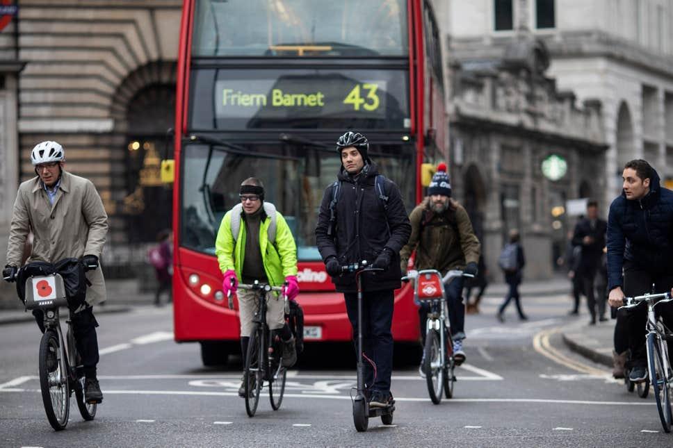 7月底新首相上任,英国电动滑板车终于能合法上路了吗?-唯轮网