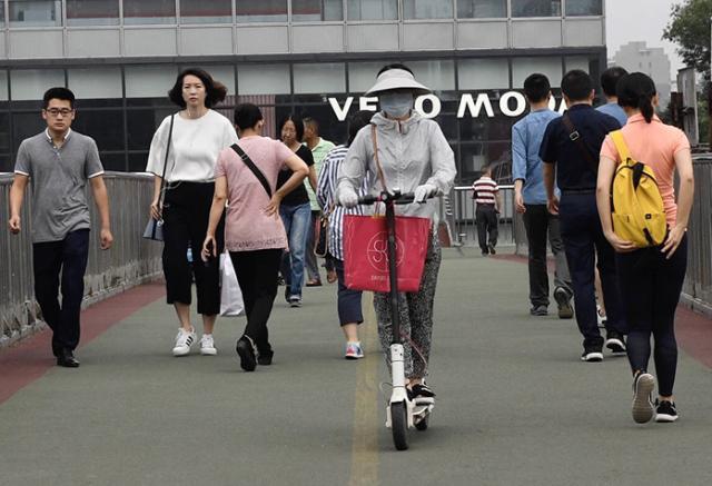 国内行业资讯 | 两儿童骑电动车横穿马路双双被撞伤;北京电动自行车平均每天违法超过2900起-唯轮网