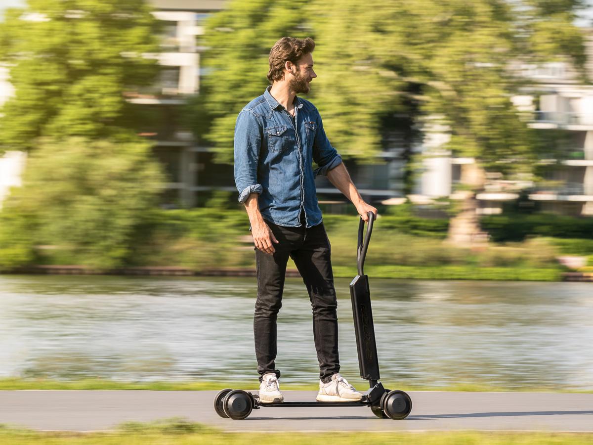 知名汽车制造商:城市交通的未来或许属于电动自行车和滑板车,而不是汽车-唯轮网