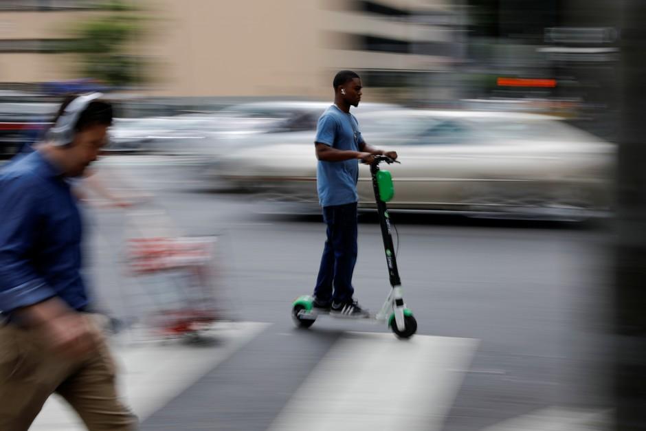 为什么城市居民那么反感电动滑板车?-唯轮网