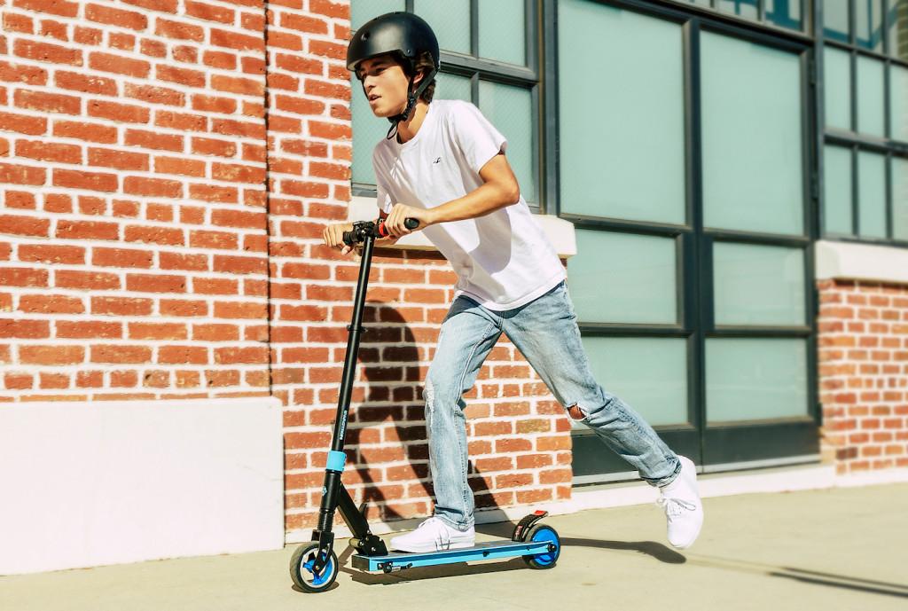 Swagtron推出两款价格实惠的电动滑板车,最低只要199美元!-唯轮网