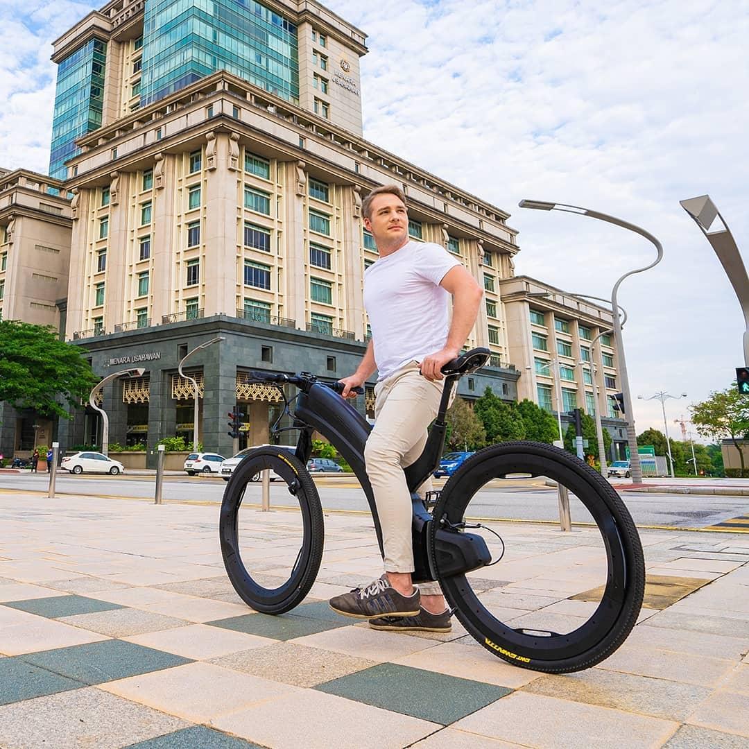 这也许是至今最具未来感的电动自行车了-唯轮网